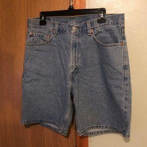 Levi's 550 Size 34 Relaxed Fit Denim Shorts - EUC